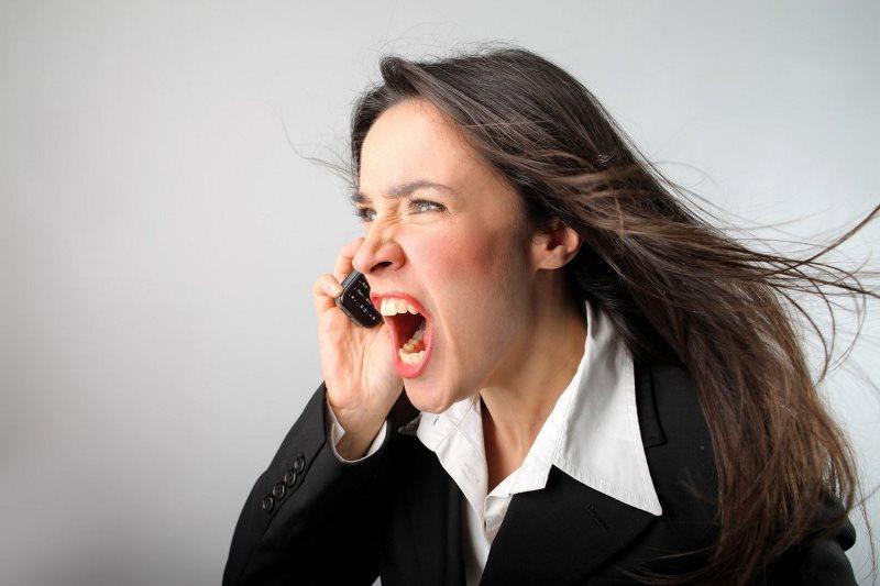 Почему люди отрицают агрессию?